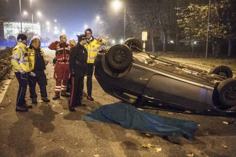 Milano, incidente stradale in Viale Sarca: in fin di vita due ragazzi