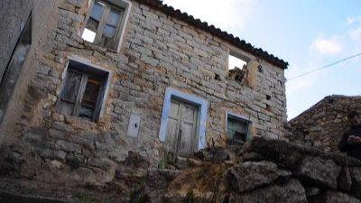 Casa in vendita ad Ollai