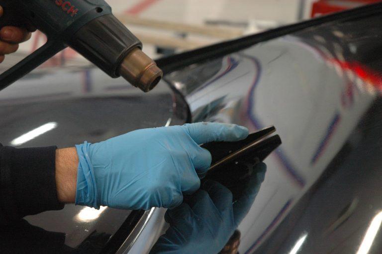 Oscuramento vetri auto fai da te: come procedere