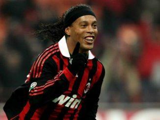 Ronaldinho: buon compleanno al fantasista di Barcellona e Milan