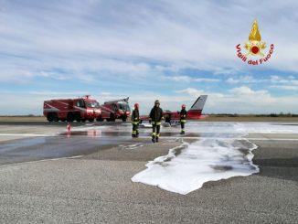 Venezia, atterraggio d'emergenza per un Piper. Chiuso scalo di Tessera