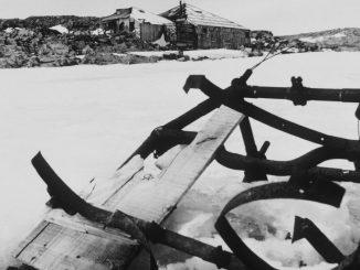 L'aereo abbandonato in Antartide