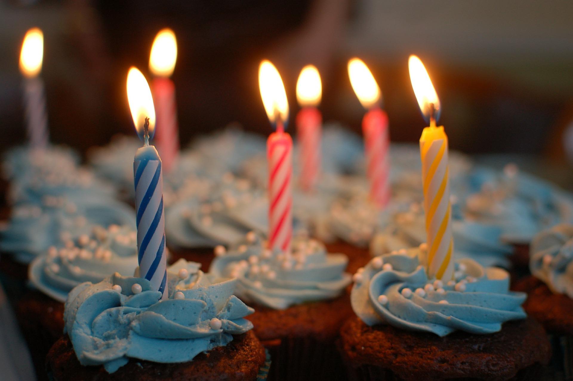 Festa A Sorpresa Di Compleanno idee per feste di compleanno per ragazze di 12-13 anni