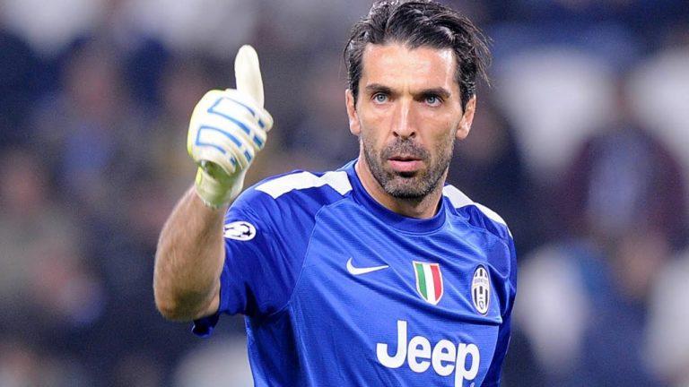 """Juventus, nuovo record per Buffon che supera Boniperti: """"Ma voglio altri trofei"""""""