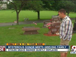 Rubano tomba del padre. Sconosciuto fa qualcosa di pazzesco