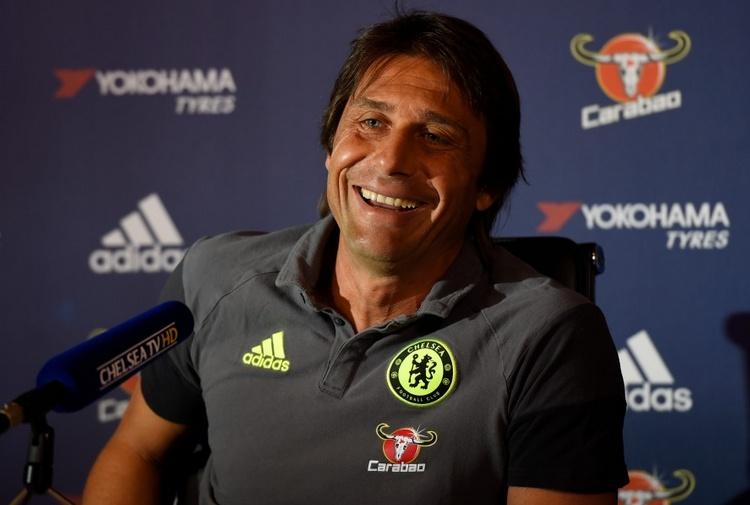"""Conte, addio al Chelsea e sì all'Inter? """"Tutte fantasie. Resterò qui ancora per molto"""""""