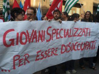 Italia: i giovani diventano autonomi a 40 anni. Ecco perchè