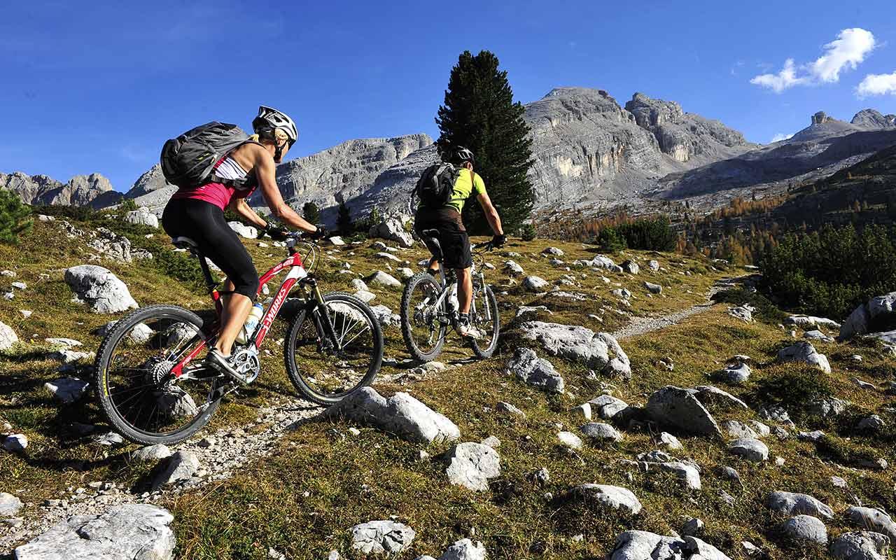 Scarpe Matrimonio Uomo Napoli : Montagna sport da fare in estate e inverno