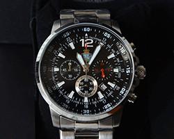 Orologio con cronografo in acciaio