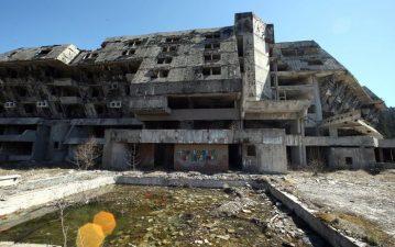 Hotel Olimpico Igman abbandonato