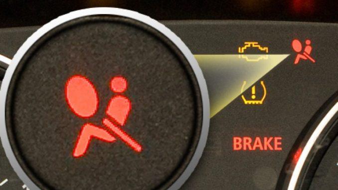 spia dell'airbag accesa