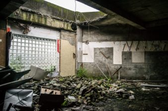 In quest' edificio è caduto il tetto