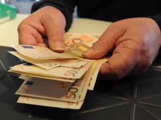 Milano: ragazzo minaccia 40enne dopo aver fatto sesso con lui. Ha chiesto 1500 euro