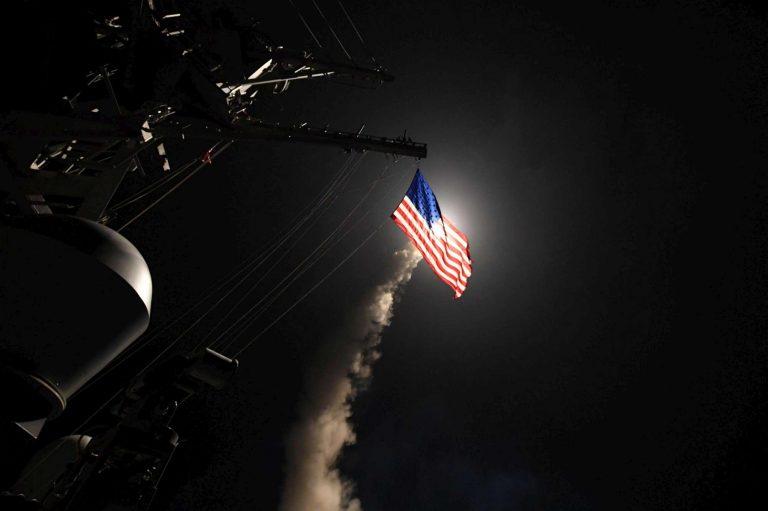 """Attacco Usa in Siria: lanciati 59 missili. Ira Russia: """"Violata legge internazionale"""""""