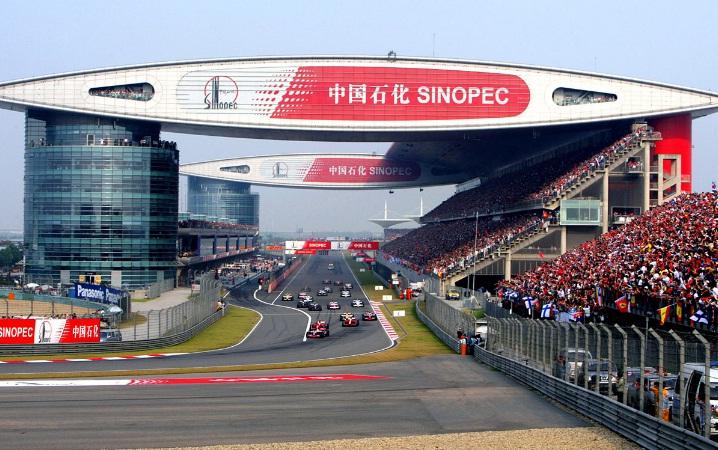 Formula 1: tempo di Gp della Cina. Mercedes favorita, ma la Ferrari fa sperare