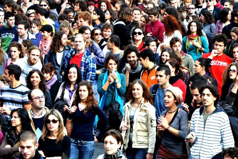 Gente en Italia 768x512