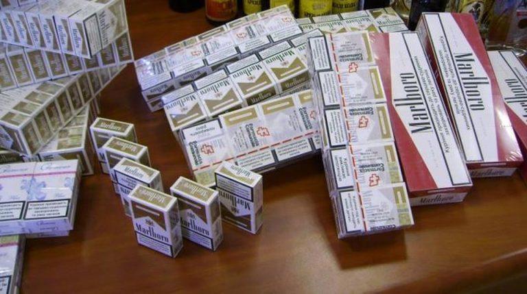 Milano: contrabbando di sigarette, sei egiziani arrestati con cinque quintali
