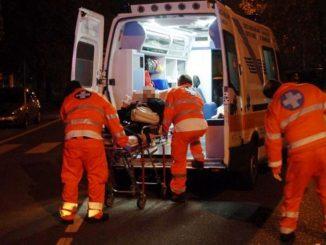 Milano, grave incidente stradale: 5 auto coinvolte e 1 vigilante in coma