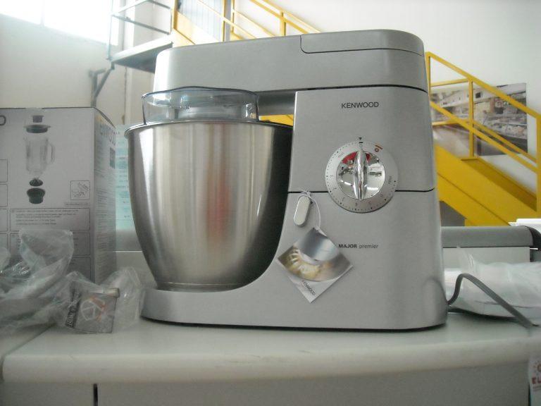 Robot da cucina guida per scegliere il miglior modello - Tappeti guida per cucina ...