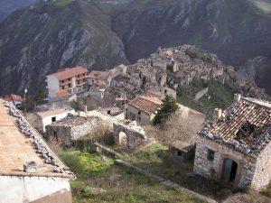 Case abbandonate di Romagnano