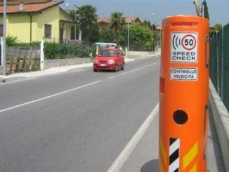 Speed check per frenare l'auto: come funziona