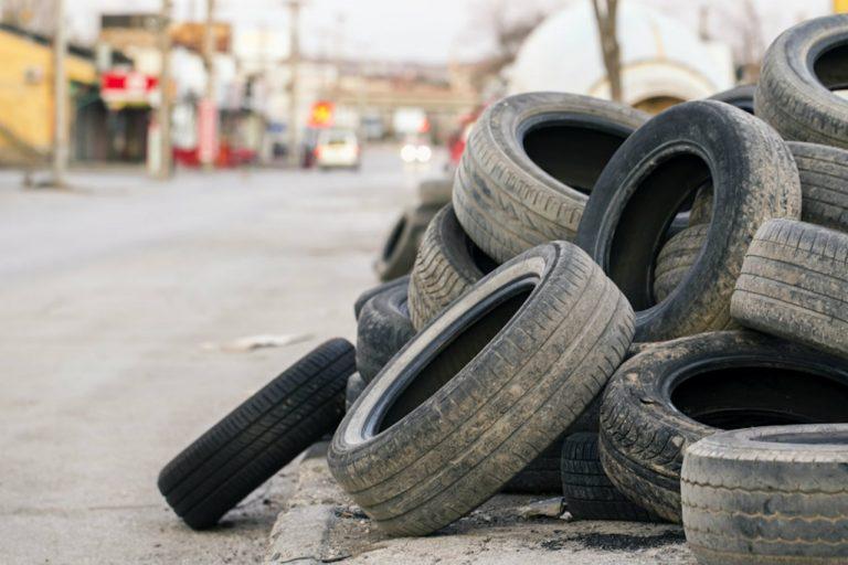 come smaltire pneumatici usati