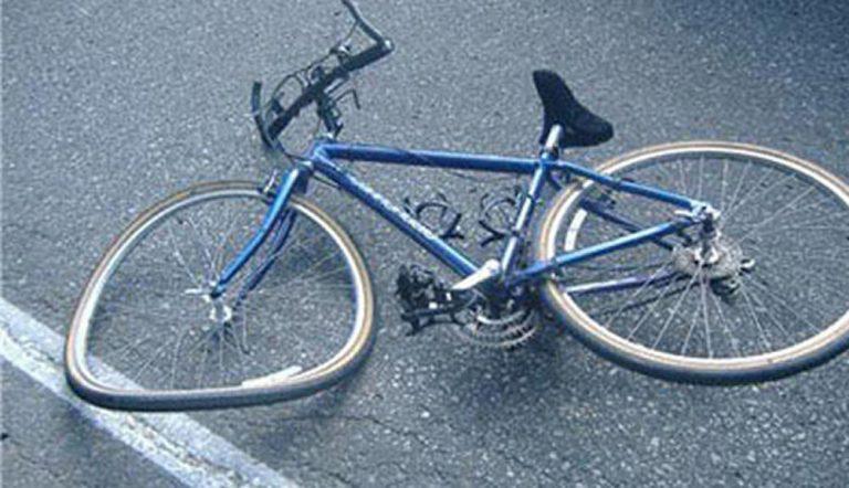 Bologna: aggredito con un lucchetto e rapinato dopo uno scontro in bici