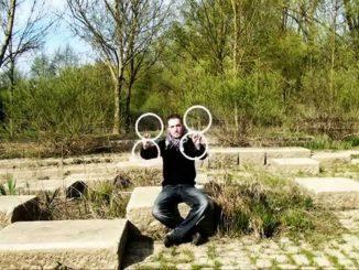 Lindzee Poi: i giochi di illusione del giovane artista
