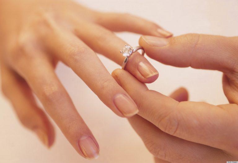 Anello da fidanzamento: come scegliere
