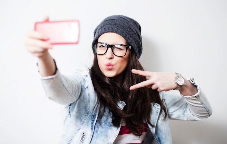 Selfie, i tentativi più brutti di sempre. Le foto divertenti
