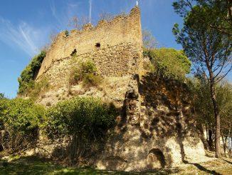 Castello di Borghetto
