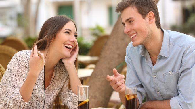 Flirtare e tradire sono collegati tra loro?