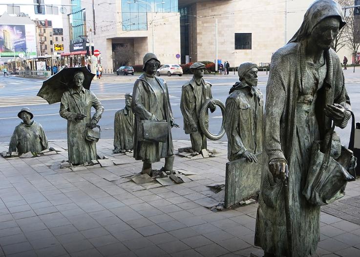 Monumento ai pedoni anonimi