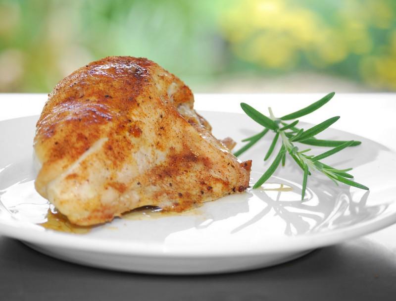 pollo-800x608