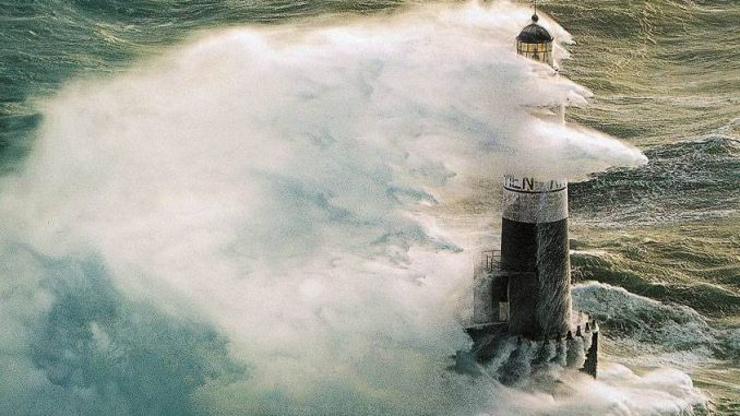 Bretagna, Faro di Ar-Men: l'Inferno degli Inferni