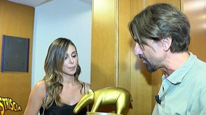 Belen Rodriguez lancia una proposta (indecente?) a Fiorello