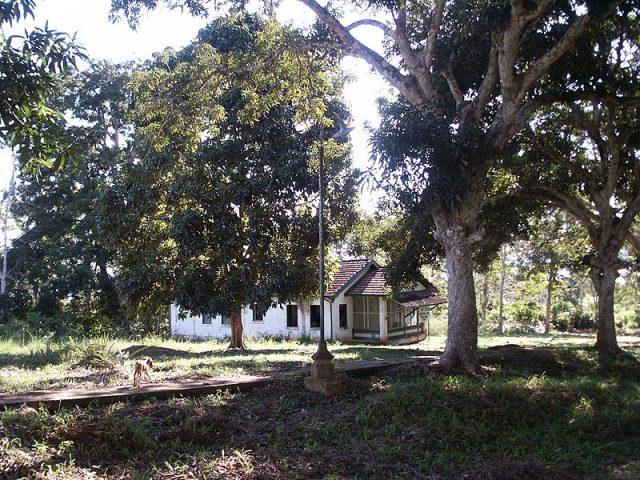 House-form-the-village-of-Fordlandia.-Photo-Credit-640x480
