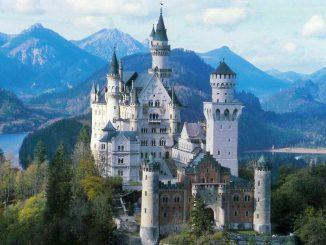 Il castello di Neuschwanstein, la dimora della Bella Addormentata