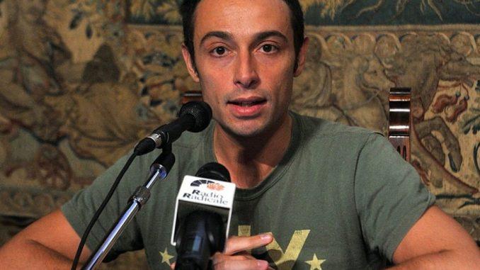 Attivista italiano Yuri Guaiana arrestato a Mosca: sosteneva gay ceceni