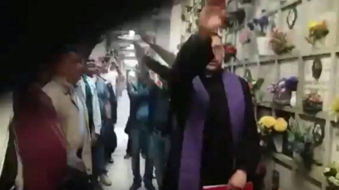 Il prete denunciato per il saluto romano