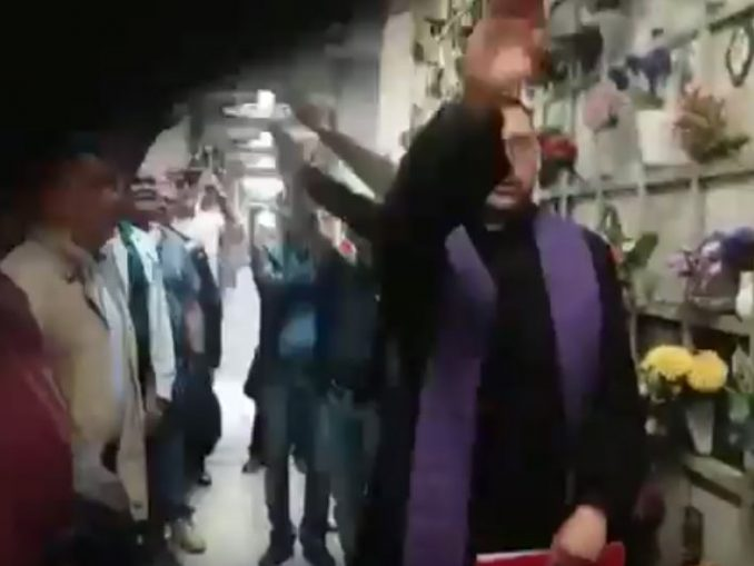Il saluto fascista
