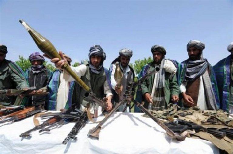 Afghanistan, attacco a convoglio militare: 8 morti