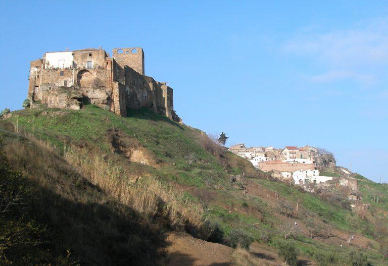 Il castello in provincia di Matera