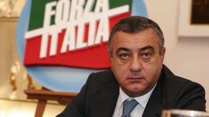 Minacce, indagato Luigi Cesaro