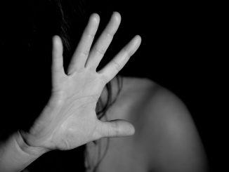 15enne violentata