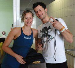 Nuotatrice e allenatore