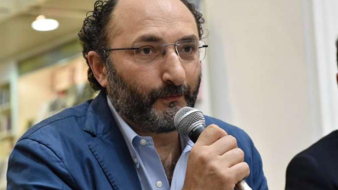 Consip, de Magistris: solidarietà a Lillo, grande giornalista