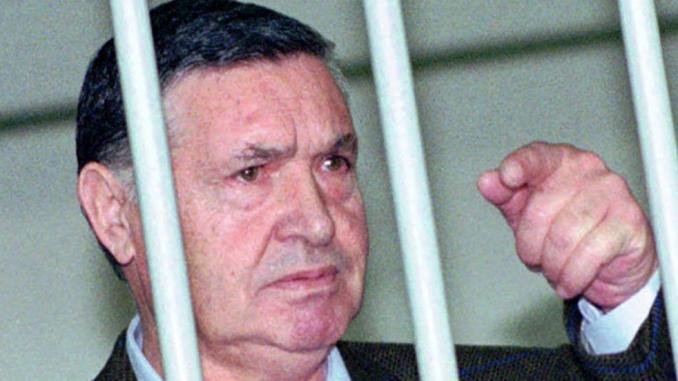 Tribunale: Riina resta in carcere