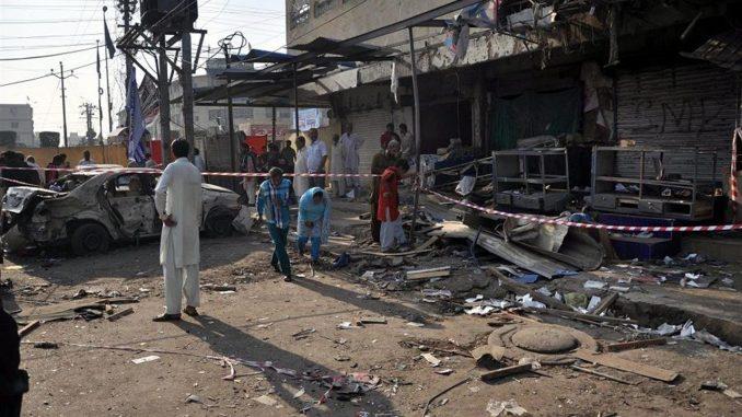 Attacco terroristico in Pakistan: decine di vittime