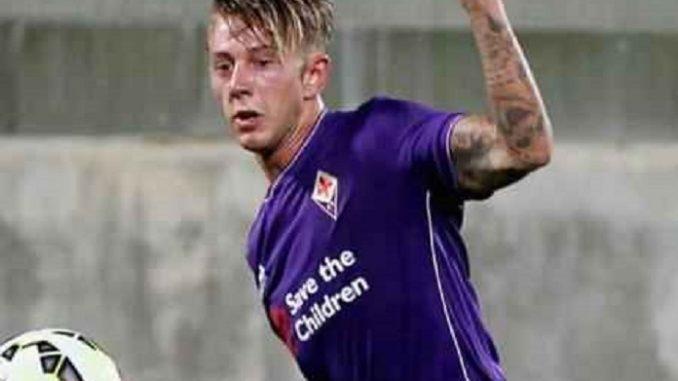 "Fiorentina, la Fiesole contro Bernardeschi: ""Gobbo di m...a"""